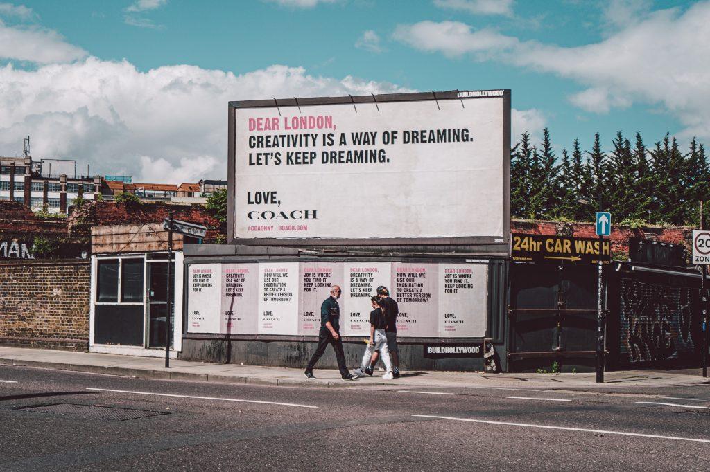 sewa billboard bekasi